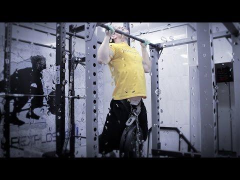 Los ejercicios para aumentar el pecho en 2 dimensiones
