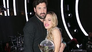 Dancing with the Stars' winner announces pregnancy