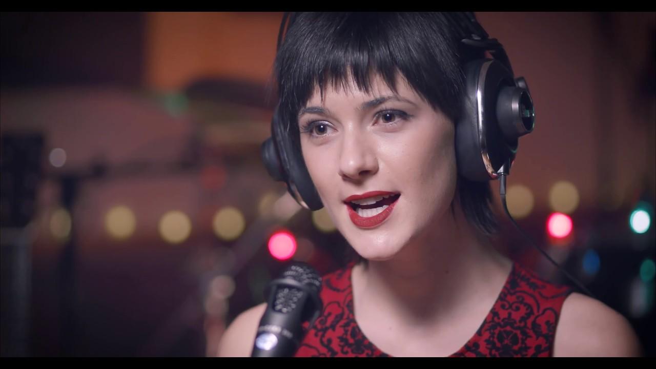 White Christmas (Live) - Sara Niemietz, W.G. Snuffy Walden