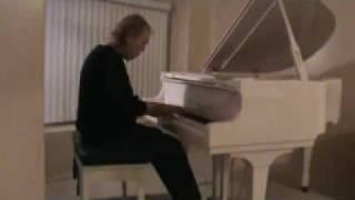 向法國知名作曲家Michel Legrand致敬:濃厚法式情懷!