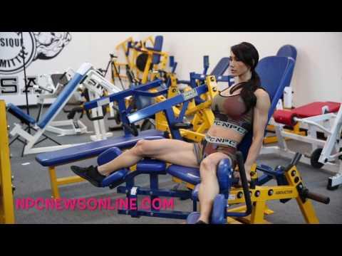 IFBB Bikini Pro Francesca Lauren Glutes & Leg Workout