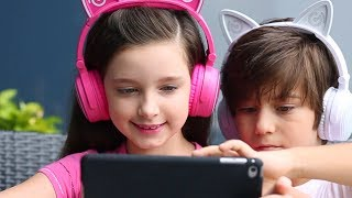 Mindkoo Unicat Wireless kids headphone - with colorful LED light up cat ears