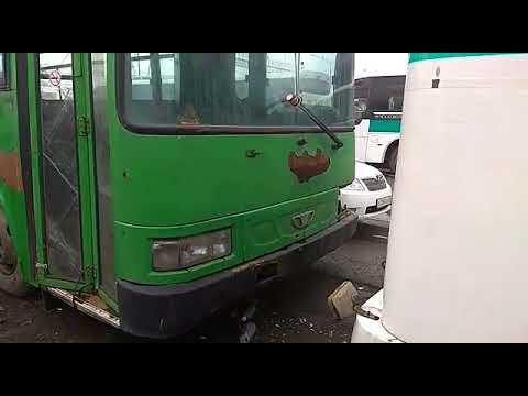Жители Владивостока жалуются на «автобусы-памятники»