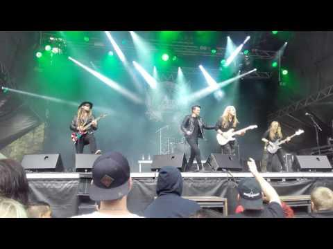 Art Nation - Start A Fire Live at Skogsröjet 2016