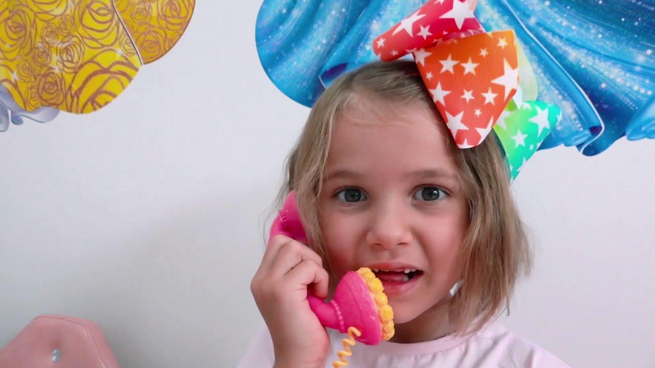 Катя и ее подружка Не поделили платья