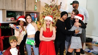 Video Secret Santa | Lele Pons download MP3, 3GP, MP4, WEBM, AVI, FLV Januari 2018