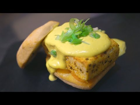 vegan eggs benedict *hunger warning*