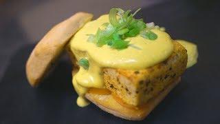 vegan eggs benedict *hunger warning*