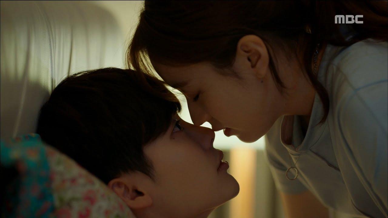 Download [W] ep.10 Han Hyo-joo kissed Lee Jong-suk 20160824