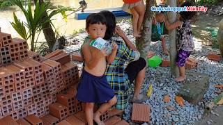 Đào ao nuôi cá và làm nền chuồng bò cho Anh Hoài, Chị Biện   Cuộc Sống Quê Miền Tây 12/10/2019