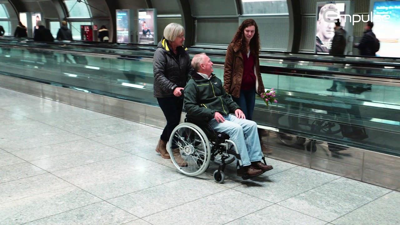 """Elektrische Schiebehilfe """"empulse m.Rollstuhl"""""""