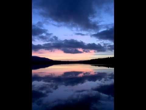 Dougie MacLean - 'S Fhada Leam An Oidche Ghemhraidh