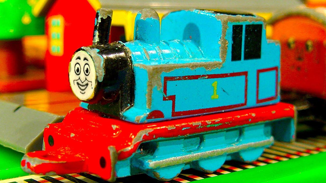 Thomas The Tank Collection 13 Mini ERTL Trains Thomas & Friends GOLD