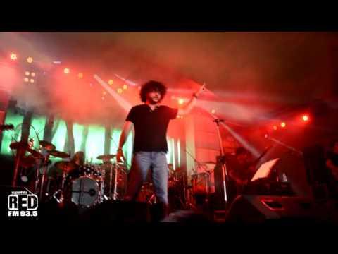 'Fossils' performing Baari Esho at Red Bandstand Azaadi Festival.