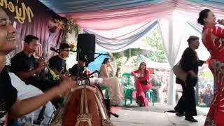 Download lagu DIPAPAG PAPAG.. YUNI & H.DODI MANSYUR