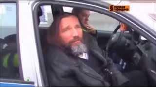 пьяный поп на Ленд Крузоре   бывший уголовник и рэкетир