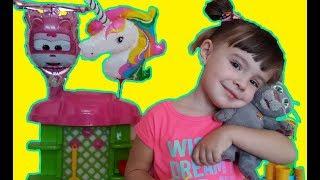 Мурчик і Мартуся граються в магазин морозива - Дитячі відео - Україномовний канал для дітей Video
