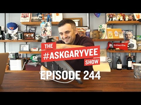 Calling From The Arctic Circle and Advice That Every 22 year Old Needs to Hear | #AskGaryVee 244