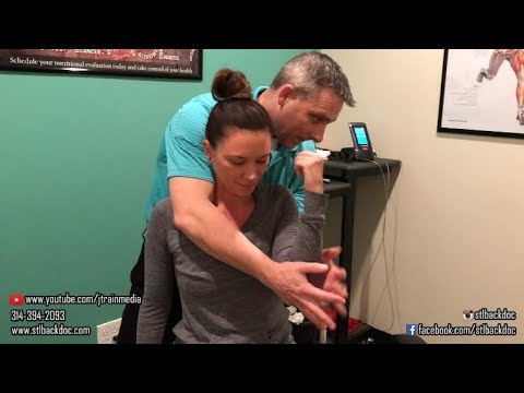 Chiropractic Adjustment on a Recent Car Accident Patient by Missouri Chiropractor