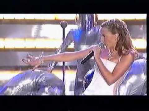 """Kylie Minogue """"Can'nt get you out of my head live 2002 Brit Awards"""""""