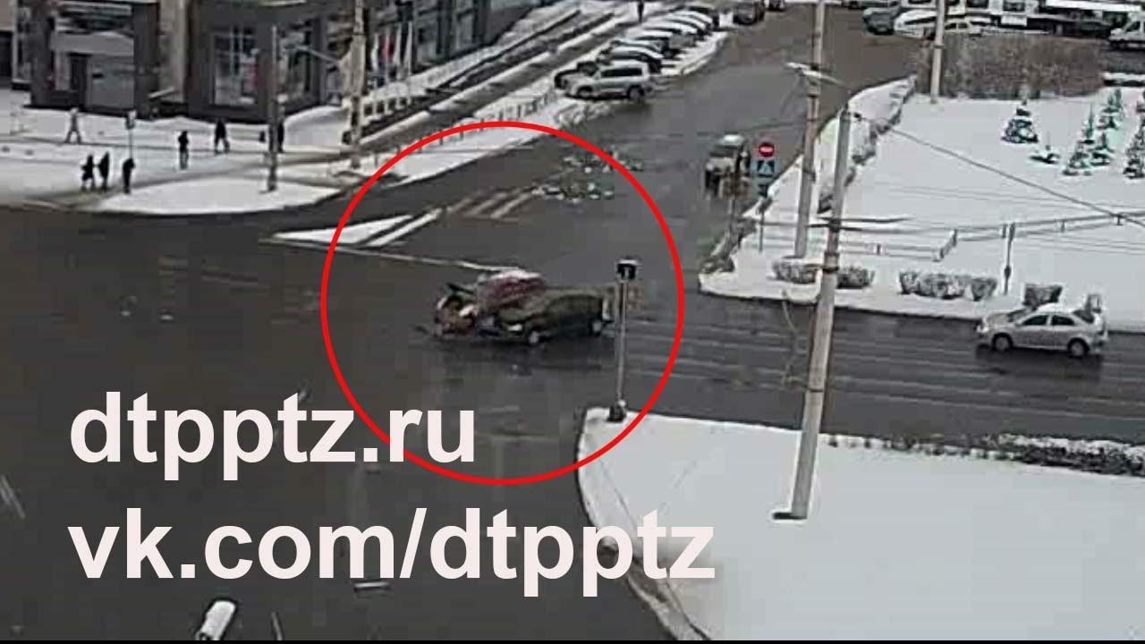 ДТП на площади Гагарина