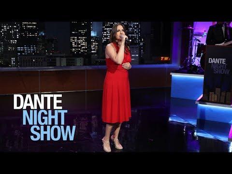 """""""Quizás, quizás, quizás"""" en la voz y estilo único de Laura Lanci – Dante Night Show"""
