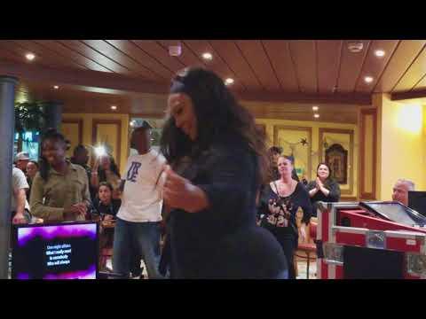 Carnival Miracle karaoke October 29 h cruise