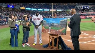David Ortiz honored in pregame ceremony at Yankee Stadium