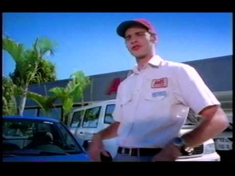 AVIS Rent a Car Santo Domingo Spot 6