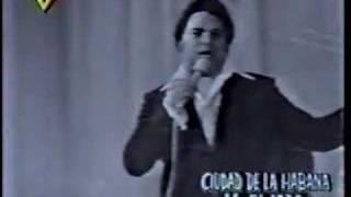 ALFREDO SADEL en vivo canta GRANADA