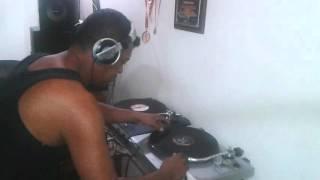 DJ ALFRED LA ARAÑA DE ORIENTE.. PREPARANDO SHOW 80