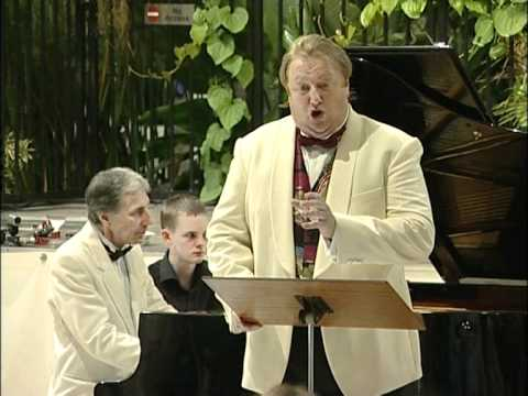 Terence Robertson Singing You are My Heart`s Delight.mpg