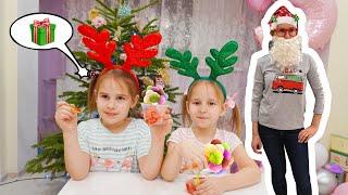 Новогодние истории с Алинка Малинка. Алина и Юляшка раскрыли секрет Мамы кафе Мороженое