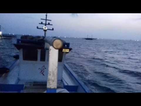 Kapal kayu banten muara baru