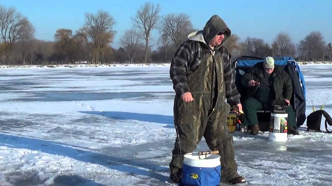 Jan 2014 ice fishing for perch on lake st clair youtube for Lake st clair ice fishing