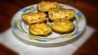 Готовим вместе! Картошка под сыром запеченная в духовке.