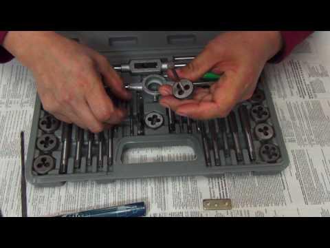 Набор инструментов для нарезания резьбы. Лерки, плашки.