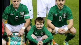Domhnall Ó Confhaola as Republic of Ireland team mascot