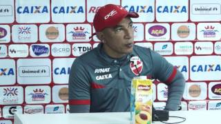 Hemerson Maria comenta sobre vitória da equipe do Vila Nova