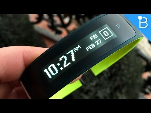 HTC re Grip Hands-On - A Smart Fitness Tracker with GPS