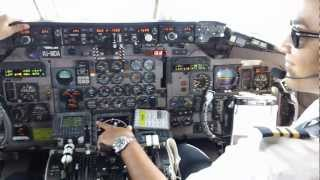 Amazing Juliana Airport St.Maarten MD-80 Cockpit Video 720p
