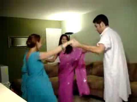 Afghan Boy Dance With Indian Girls By Raaz_NL
