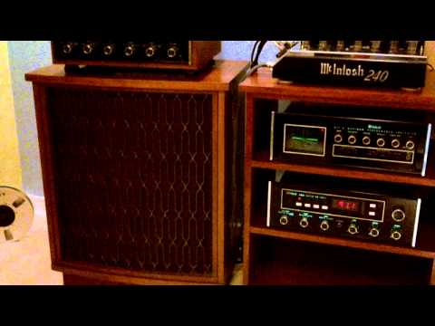 Mcintosh stereo system vintage audio gear