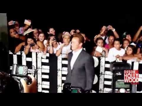 Arnold Schwarzenegger: The Expendables 2 Red Carpet Hollywood Premiere (Indestructibles/Mercenarios)