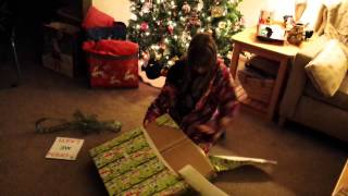 A Christmas Tale - My daughter's surprise unboxing of a 2Tails mermaid tale!