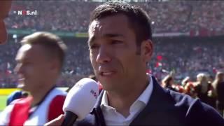 Giovanni van Bronckhorst in tranen na winst Feyenoord vs Heracles | FEYENOORD KAMPIOEN