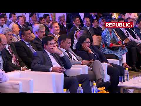 Arnab Goswami in conversation with Suresh Prabhu @Elecrama 2018