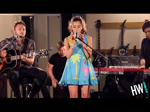 Megan Nicole 'Chains' (Nick Jonas Cover) - LIVE Acoustic | Hollywire Sessions | Hollywire