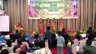 Vocal grup SMPN 2 Tg.pinang (burung Camar) tingkat provinsi
