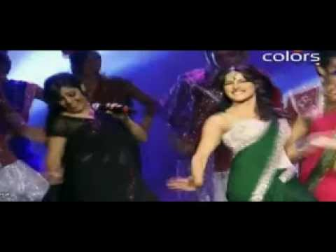 Desi Girl From Dostana By Sunidhi Chauhan and Shankar mahadevan